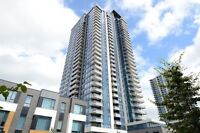 Luxurious condo - river/city view - 1 garage and locker included