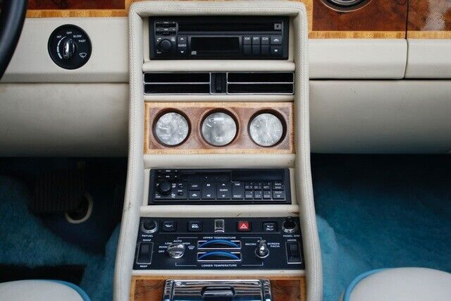 Image 21 Coche Americano usado Rolls-Royce Corniche 1991