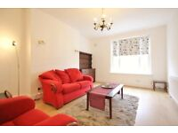 Large 2 bed flat with separate kitchen in Brook Green W14 moments from Olympia and Hammersmith