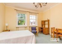 Beautiful, airy double room with en suite