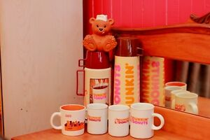 Ensemble d,articles DUNKIN DONUTS