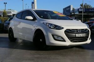2013 Hyundai i30 GD SE Coupe White 6 Speed Sports Automatic Hatchback Penrith Penrith Area Preview