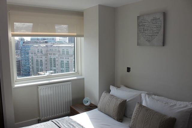 @ Stunning 2 bed 2 bath available now in Adlgate on the 17th floor - call now!!