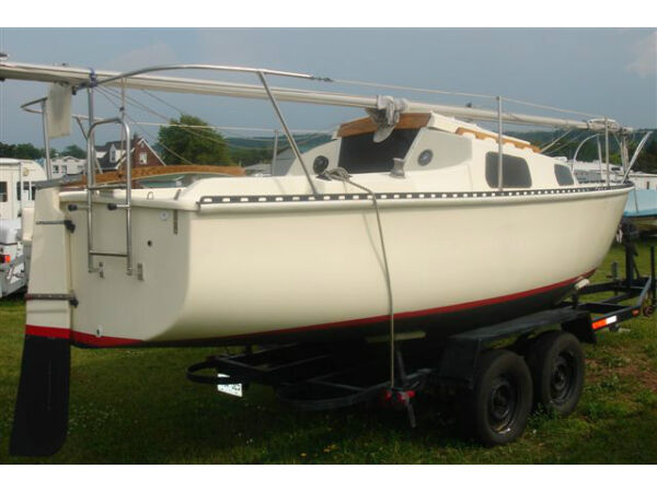 Used 1985 Other Hughes, hullmaster 22
