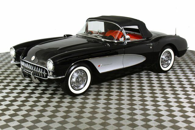 1957 Black Chevrolet Corvette     C1 Corvette Photo 3