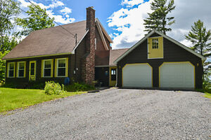 Cape Cod-style home with incredible views in McLeod Hill!