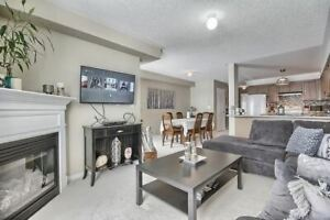 WELCOME HOME! LOVELY 3 BR END UNIT TOWNHOUSE IN BOWMANVILLE!