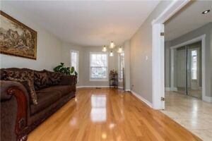 FABULOUS 4+2Bedroom Detached House @MISSISSAUGA $1,149,000 ONLY