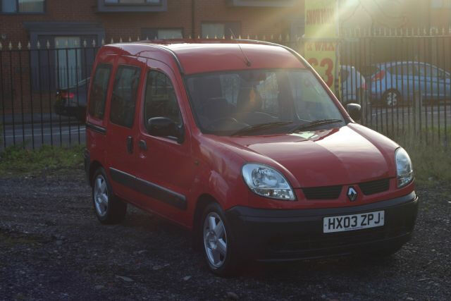 Renault Kangoo 1.5 DCI (Cheap car with diesel engine and towbar)