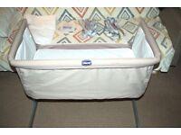Chicco Next2me co-sleeper bed/crib