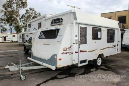 CU1084 Jayco J Series Clean & Neat Van With Annexe & Air Con!