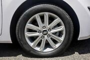 2014 Hyundai Elantra MD3 SE White 6 Speed Sports Automatic Sedan Greenacre Bankstown Area Preview