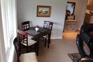 BEAUTIFUL FURNISHED GARDEN LEVEL SUITE AVAILABLE DEC 1 to 31st! Comox / Courtenay / Cumberland Comox Valley Area image 3