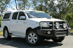 2011 Toyota Hilux KUN26R MY10 SR5 White 5 Speed Manual Utility Bungalow Cairns City Preview
