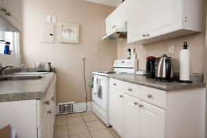 Subletting A Room In a Three Bedroom House ON RICHMOND ROW!! London Ontario image 6