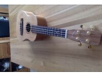 UKULELE - TENOR. FOR SALE - AUSTRALIAN TONEWOODS