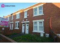 2 bedroom flat in Queen Street, Ashington, Northumberland, NE63