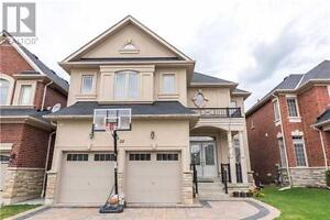 HOUSE FOR SALE IN OAK RIDGES RICHMOND HILL