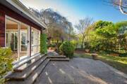 TWO min walk to Manuka! Short & long term stay available Griffith South Canberra Preview