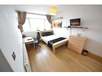 Modern Comfortable Large Double Room in the Heart of Victoria Park Area Hackney with TV LCD!