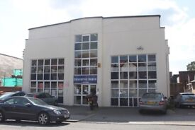 Office/s space to let - 2 The Crest, Hendon, London NW4 location.