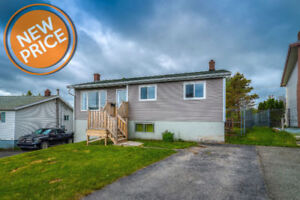 Renovated Two Apartment Home in A Prime Location!
