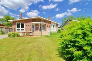 Superb Location, Minutes Drive To Qew,Clarkson Go Station