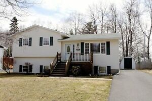 Family Home in Forest Hills Area!