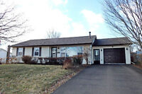 24 BOLTON. NEW PRICE! PRIVATE LOT! FENCED YARD!