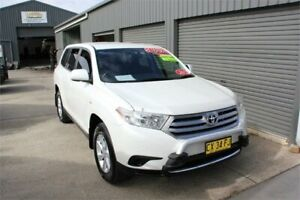 2013 Toyota Kluger GSU45R MY13 Upgrade KX-R (4x4) 7 Seat White 5 Speed Automatic Wagon Mitchell Gungahlin Area Preview