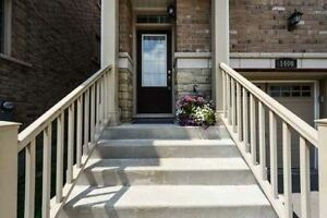 Great Home Features Great Spaces 3BR Townhouse In Mississauga