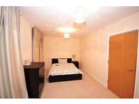 SPACIOUS 2 BED FLAT - ZONE 2 - PROFESSIONALS WELCOME