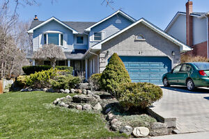 67 Lorne Ave - Newmarket - 4 Bed - 2 Storey Detached Home