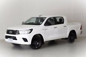 2015 Toyota Hilux GGN120R SR Double Cab White 6 Speed Sports Automatic Utility Narre Warren Casey Area Preview