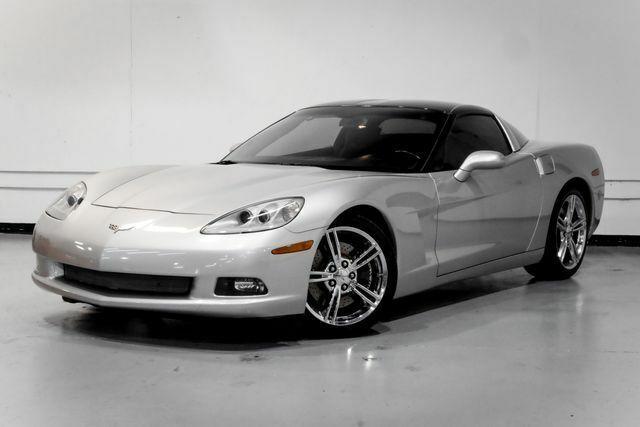 2008 Silver Chevrolet Corvette Coupe  | C6 Corvette Photo 3