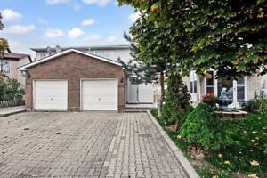 Large 3 bedroom, 1.5 baths in the heart of Mississauga, May 1st