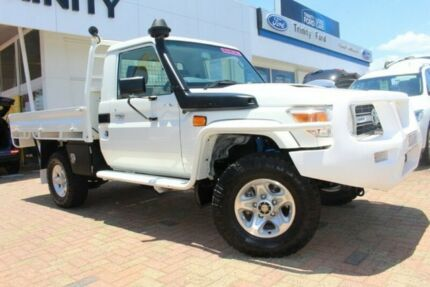 2013 Toyota Landcruiser VDJ79R MY13 GXL White 5 Speed Manual Cab Chassis Parramatta Park Cairns City Preview