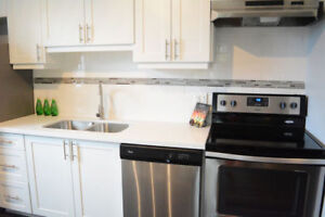 FABULOUS 2 BEDROOM UNITS WITH IN SUITE LAUNDRY AND AC!!!!