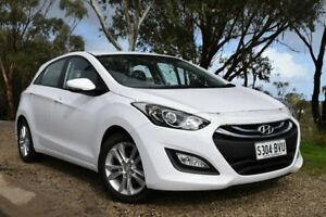 2014 Hyundai i30 GD2 MY14 Trophy White 6 Speed Manual Hatchback St Marys Mitcham Area Preview
