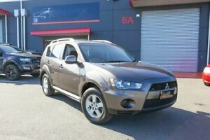 2009 Mitsubishi Outlander ZH MY10 LS Bronze 6 Speed Constant Variable Wagon Lonsdale Morphett Vale Area Preview