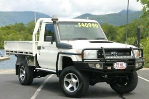 2007 Toyota Landcruiser VDJ79R GX White 5 Speed Manual Cab Chassis Bungalow Cairns City Preview