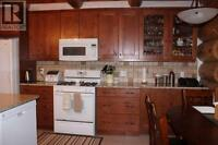 Full Kitchen by Kenmore in Great Condition!