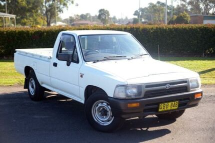 1992 Toyota Hilux RN85R White 5 Speed Manual Utility Riverstone Blacktown Area Preview