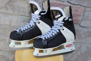 Ice hockey skates CCM Tacks 657 size 8 or US 9 ½ adults size  Wi