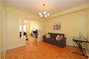 Clean And Spacious Detached Home In Brampton X5154969 FE28