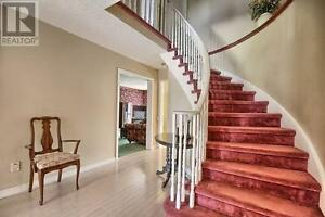 4 Bedrooms Detached 2 Story House at Green Lane