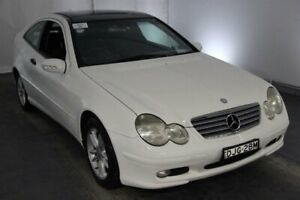2001 Mercedes-Benz C-Class CL203 C180 White 5 Speed Sports Automatic Coupe Maryville Newcastle Area Preview