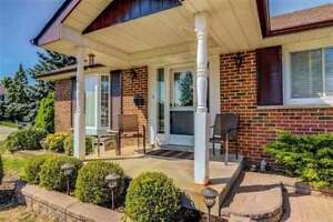Updated 3+1 Bdrm Home Has Large Bedrooms *AJAX*