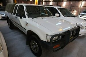 1995 Toyota Hilux LN106R White 5 Speed Manual Cab Chassis Hamilton North Newcastle Area Preview