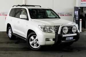 2011 Toyota Landcruiser VDJ200R 09 Upgrade Sahara (4x4) Crystal Pearl 6 Speed Automatic Wagon Myaree Melville Area Preview